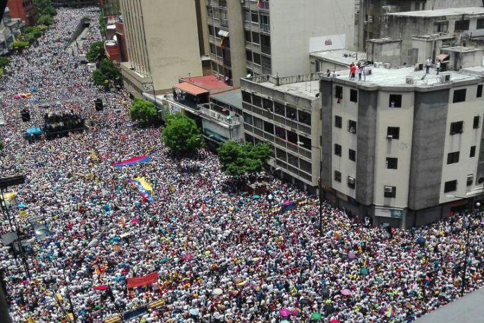 Democracy or Populism as Venezuela Continues to Slide