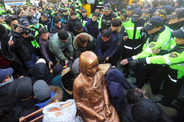 The Politics of 'Comfort Women'
