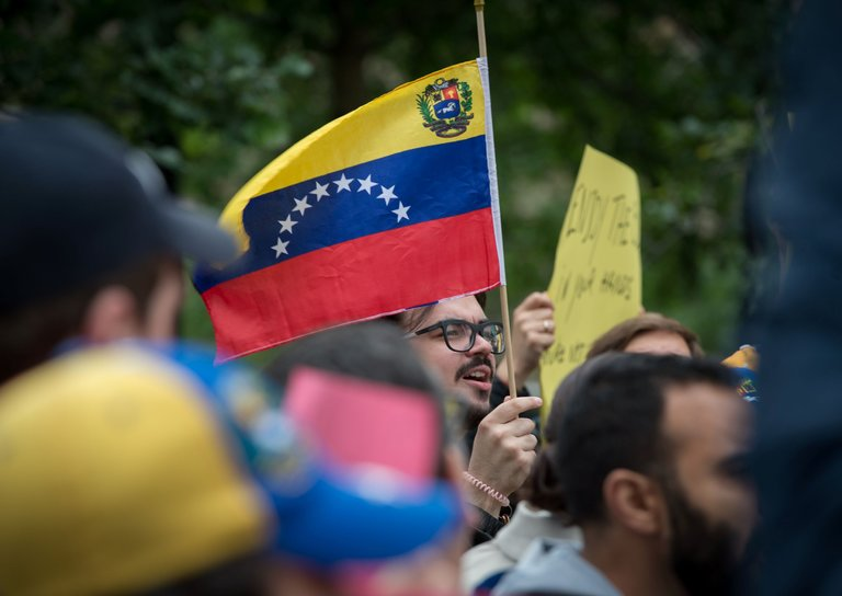 Venezuela Gets a Payday Loan